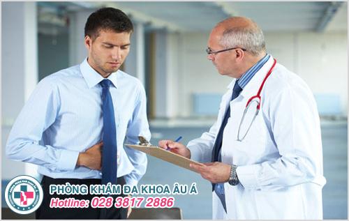 Vùng bụng và lưng dưới đau do bàng quang bị sưng viêm hoặc nhiễm trùng