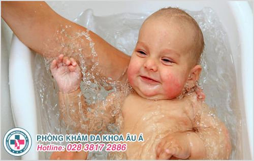 Bệnh chàm khô ở trẻ em : Nguyên nhân biểu hiện cách chữa trị