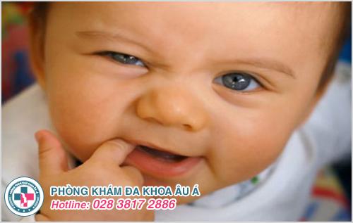 Bệnh chốc mép ở trẻ em : Nguyên nhân dấu hiệu cách chữa trị