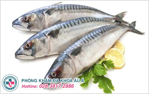 Bị thủy đậu có được ăn cá không?