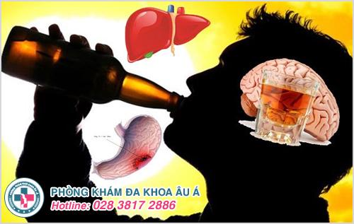Uống bia, rượu gây ảnh hưởng trầm trọng đến sức khỏe và rối loạn cương dương