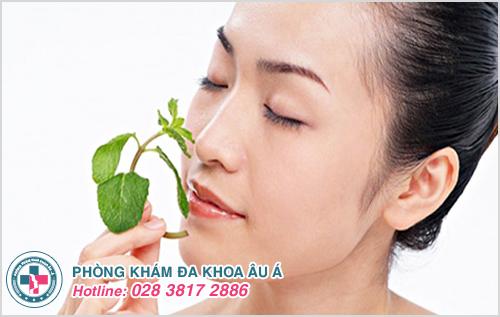 Da mặt ửng đỏ khi ra nắng và cách khắc phục hiệu quả