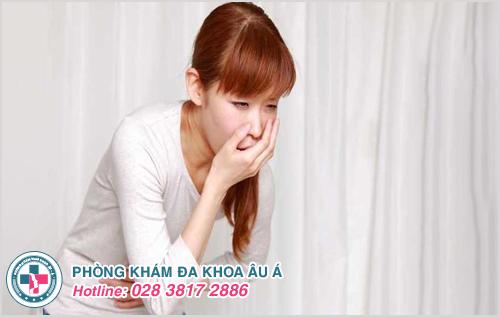 Đau bụng dưới kèm buồn nôn là triệu chứng bệnh gì?