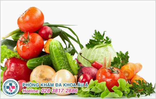 Có chế độ ăn đủ các loại trái cây và rau quả
