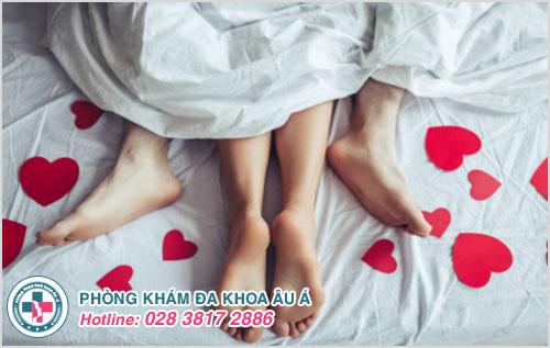 Quan hệ tình dục lần đầu tiên là nguyên nhân chủ yếu gây rách màng trinh ở nữ giới