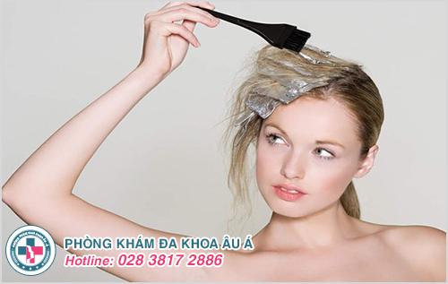 Dị ứng da đầu : Hình ảnh nguyên nhân dấu hiệu cách điều trị