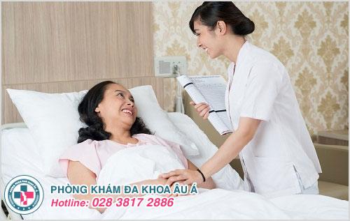 Nhân viên y tế phục vụ nhiệt tình, ân cần