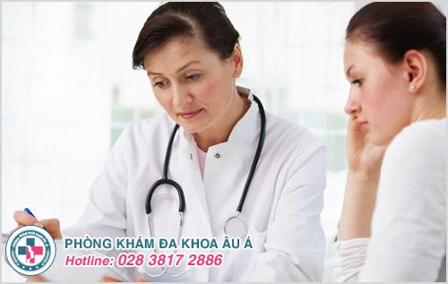 Thăm khám ngay sau khi phát hiện ra các dấu hiệu nghi ngờ bệnh chàm