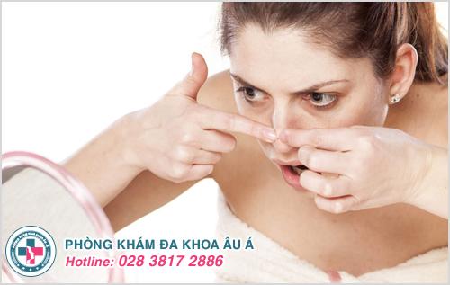 Mụn cám ở mũi : Hình ảnh nguyên nhân dấu hiệu và cách trị