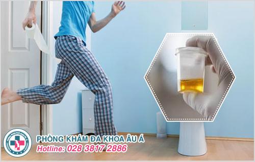 Nguyên nhân nước tiểu nóng và cách điều trị