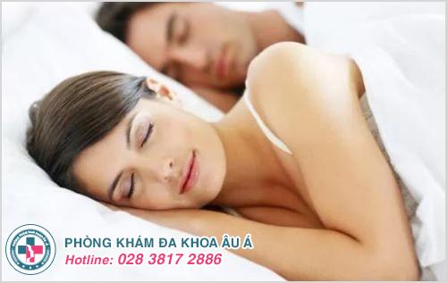 Nguyên nhân và cách chữa đau bụng dưới sau khi quan hệ