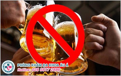 Không uống bia là cách giúp nam giới cải thiện sinh lý tốt hơn