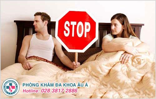 Kiêng quan hệ tình dục là giúp hạn chế lây lan các bệnh lý qua quan hệ tình dục cho bạn tình