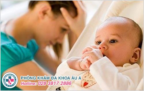 Viêm phụ khoa sau sinh: Nguyên nhân dấu hiệu cách điều trị